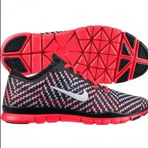 Nike Free 5.0 TR Print Ladies Running Shoes